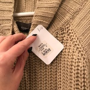 Sweaters - NWT cold shoulder oversized sweater
